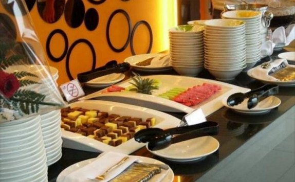 food and beverages di Twin Tower Apartment