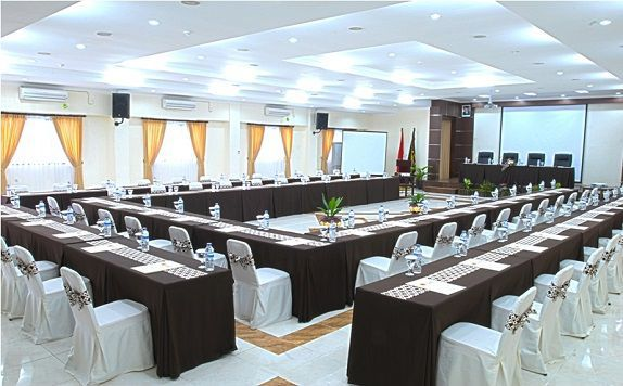 Meeting Room di UB Guest House