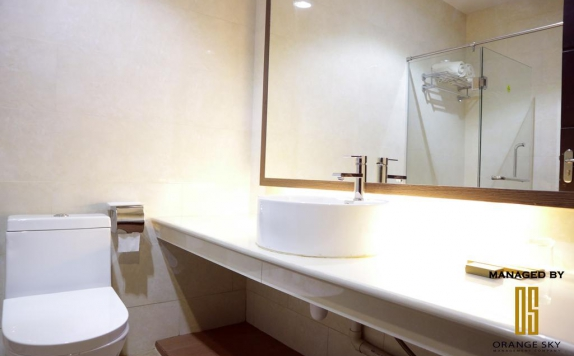 Bathroom di Venesia Hotel