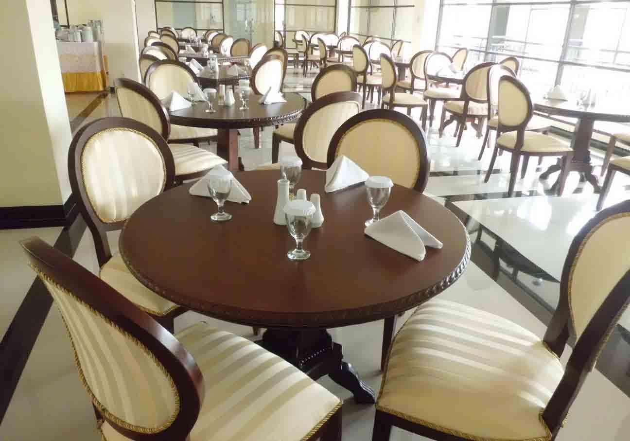 Restaurant di Yusro Hotel