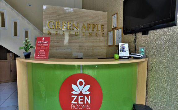 Recepsionist di ZEN Rooms Kampung Bali Tanah Abang (ZEN Rooms Green Apple)