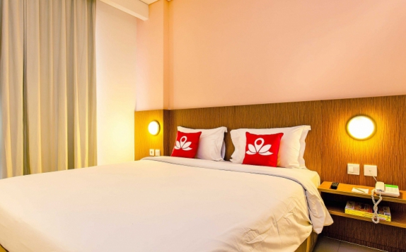 Guest Room di ZEN Rooms Pancoran