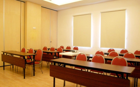 Meeting room di Zest Hotel Jemursari