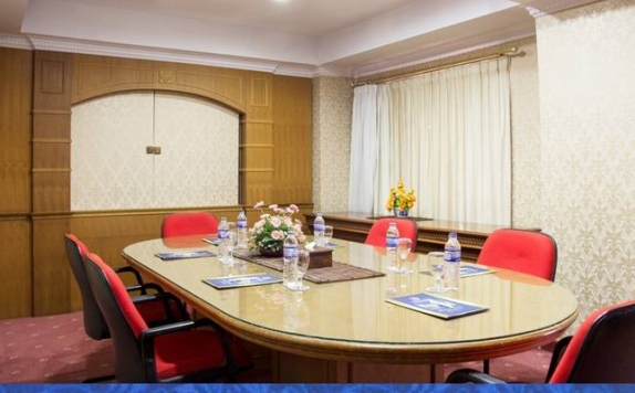 meeting room di Abadi Hotel