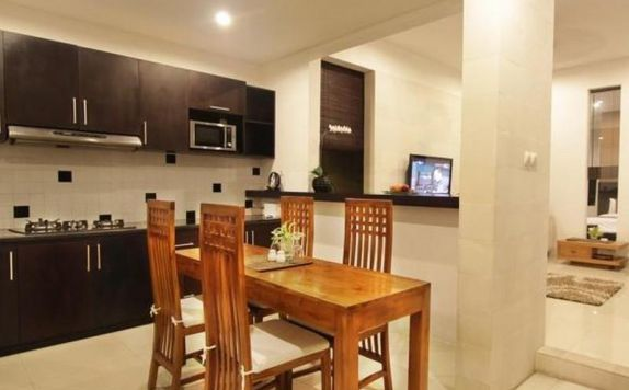dapur di Adnyana Villas & Rooms