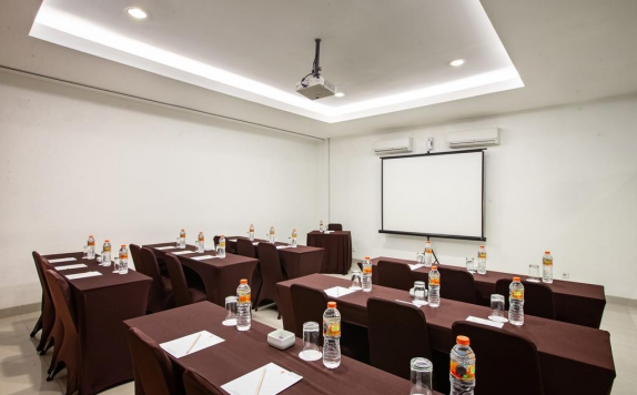 Meeting Room di Amaris Pancoran