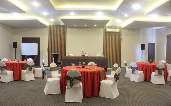 ballroom di Andelir Convention Hotel