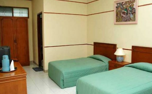 guest room twin bed di ARRA Lembah Sarimas