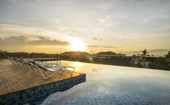 Swimming Pool di Artotel Sanur Bali