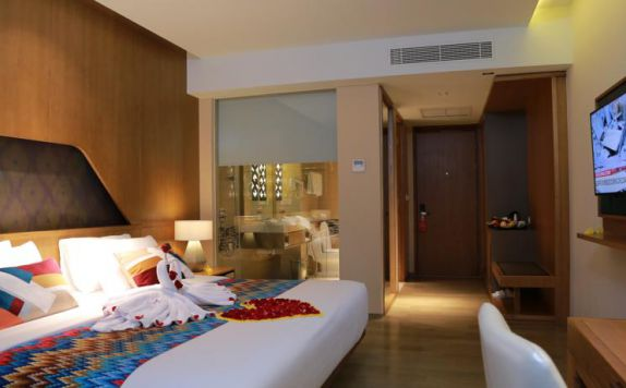 guest room di ARUNA SENGGIGI RESORT & CONVENTION
