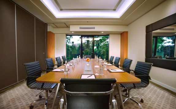 Meeting room di Aston At Kuningan Suites