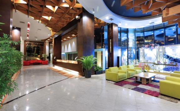 Receptionist di Aston Palembang Hotel & Conference Center