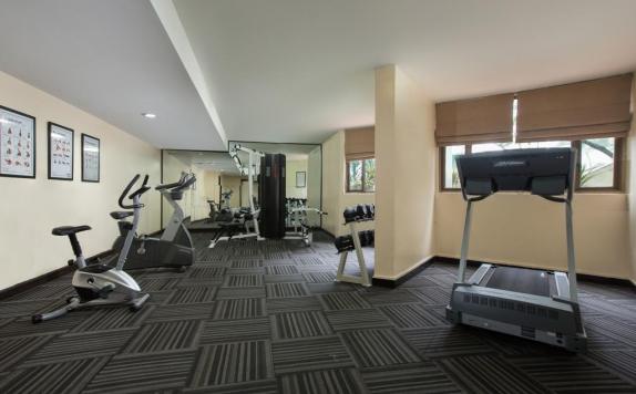 Gym di Aston Rasuna