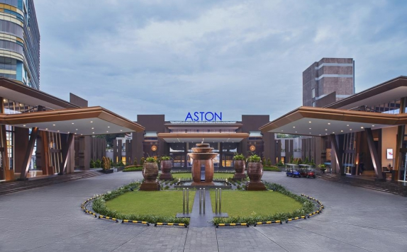 Eksterior di Aston Sentul Lake Resort & Conference Center