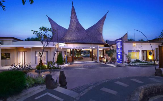 di Aston Sunset Beach Resort