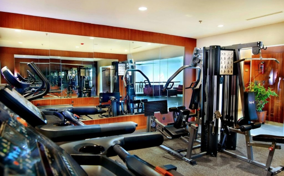 Gym di Aston Tanjung City Hotel