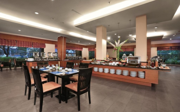 Restaurant di Aston Tanjung City Hotel