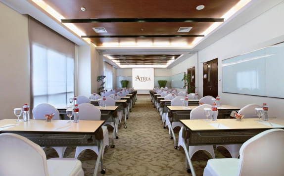 meeting room di Atria Hotel & Conference Malang