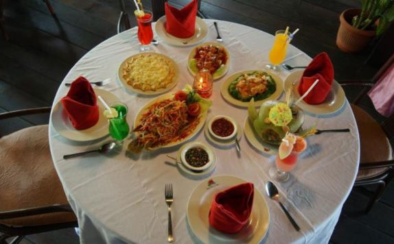 Hotel Foods di Ayer Resort and Cottages