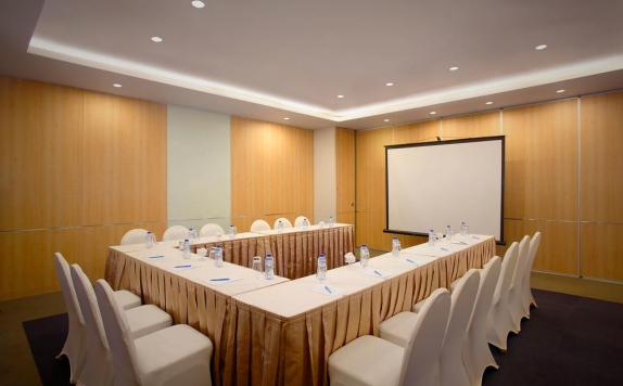 Meeting room di Batiqa Hotel and Karawang Apartement