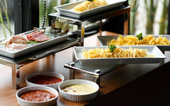 Food and beverages di Batiqa Hotel Jababeka Cikarang