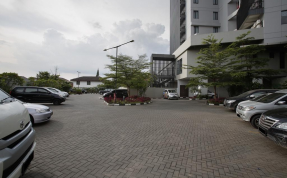 parking area di BATIQA Hotel Palembang