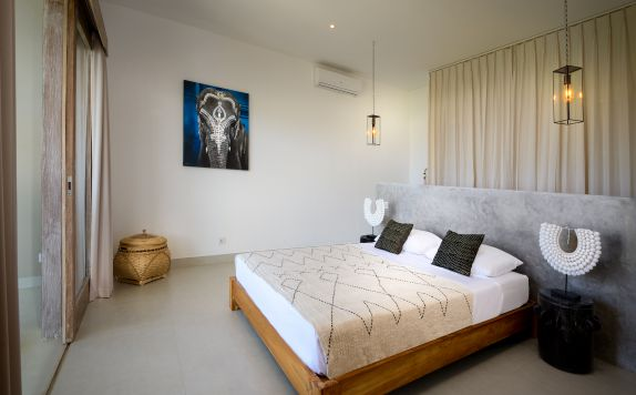 TWO BEDROOMS APARTMENTS MASTER BEDROOM di Canggu beach apartments