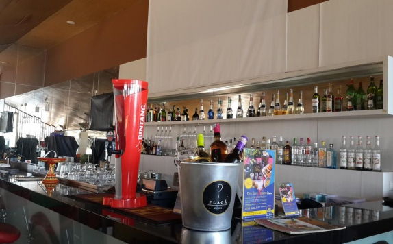 Bar di Best Western Kuta Beach