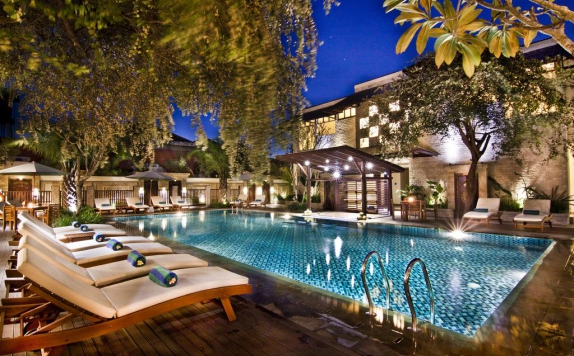 Swimming Pool di Best Western Kuta Villa
