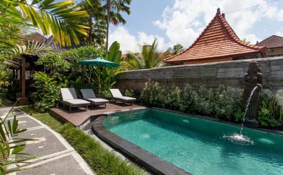 Outdoor Pool Hotel di Bisma Cottages Ubud