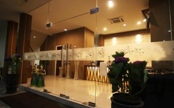 Lobby di Bluebells Express Hotel