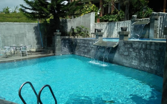 Swimming pool di Bukit Alamanda