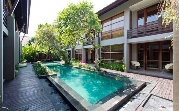swiming pool di Casa Bidadari