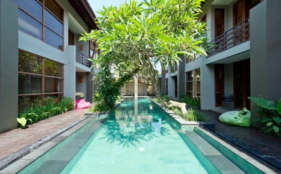 Swimming Pool di Casa Bidadari