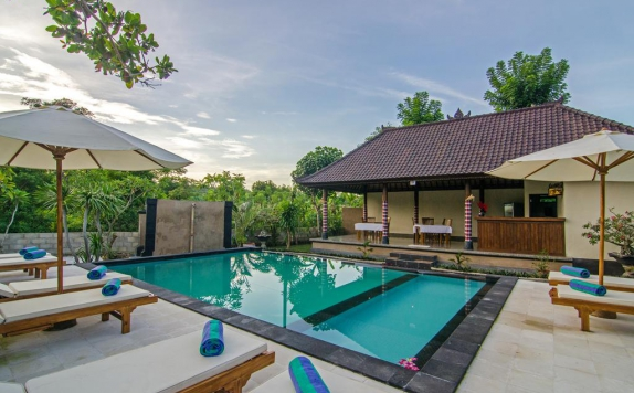 Swimming Pool di Cassava Lembongan Bungalows