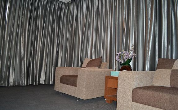 living room di CITY HOTEL KENDARI
