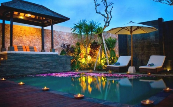 Swimming Pool di CK Luxury Villas Bali