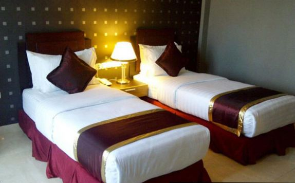 Guest Room ( Twin Bed) di Crown Hotel Tanjung Selor