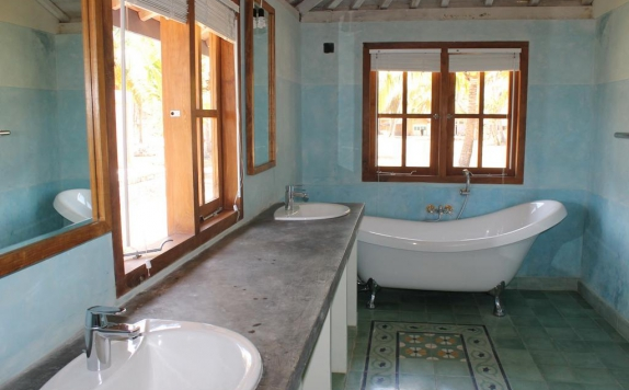 Bathroom di Desa Limasan Retreat