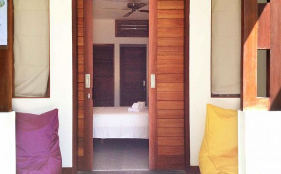 Entrance Hotel di Dream Divers
