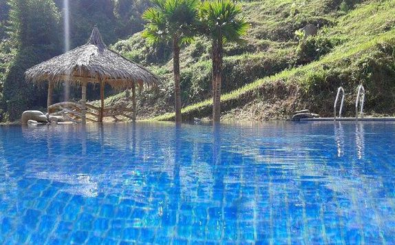 Swimming Pool di Dream Resort Ciwidey