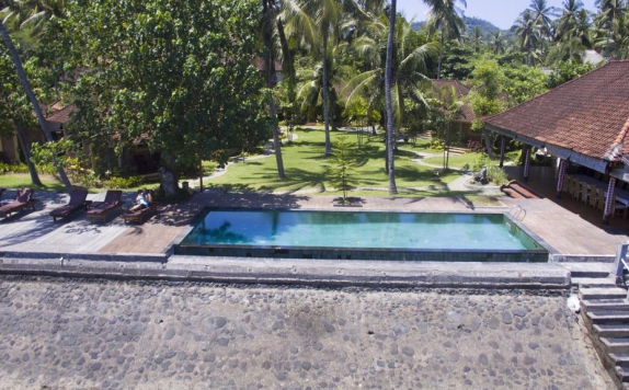Swimming Pool di D Tunjung Resort & Spa
