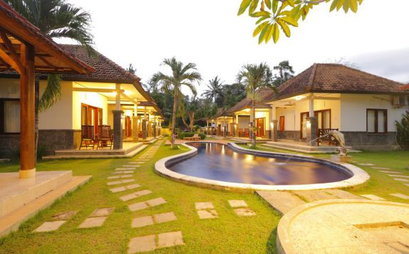 Eksterior di Euroservices Holiday Villa