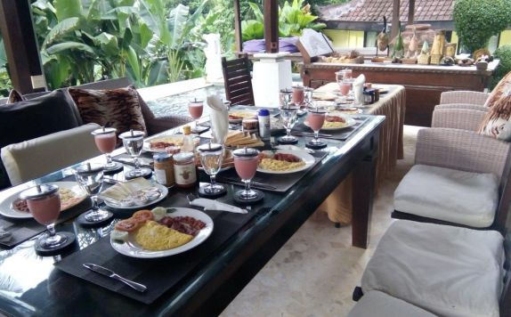 Food and Beverage di Euroservices Holiday Villa