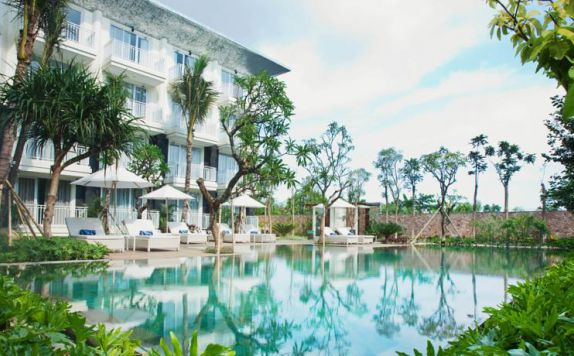 swimming pool di Fontana Hotel Bali