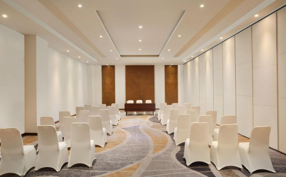 Meeting Room di Four Points By Sheraton Manado