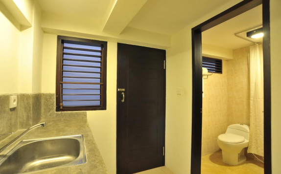 Bathroom di Ganga Hotel and Apartment