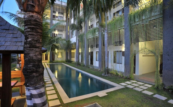Swimming Pool di Ganga Hotel and Apartment