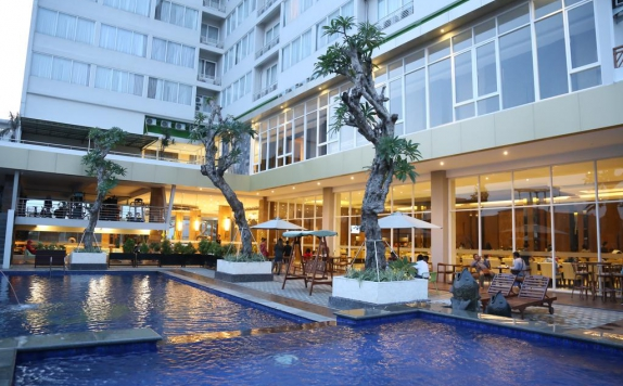 Swimming Pool di Gets Hotel Semarang