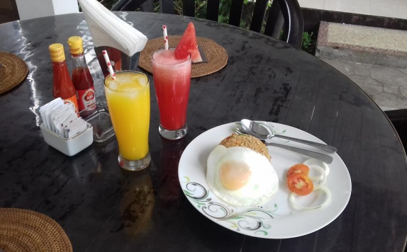 Foods and Beverage Hotel di Gili Palms Resort